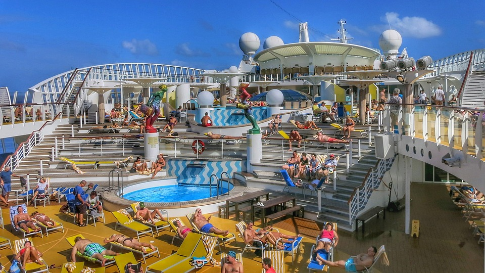 Cheap Caribbean Cruises Overview Of The Ship Lines